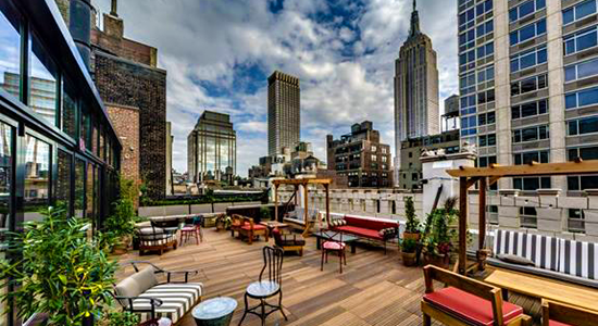 new york 39 s best rooftop bars hedgebrunch. Black Bedroom Furniture Sets. Home Design Ideas