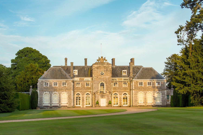 Voyager Club Luxury Travel UK Hampshire